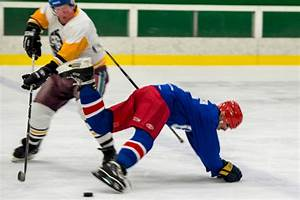 Monday Motivation: The world's oldest ice hockey player ...