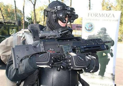 Modern Warrior : Polish Navy Special Operations Unit JW ...
