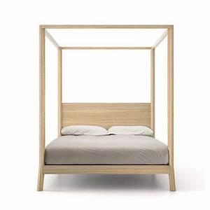 Lit Bois Massif Design : breda lit baldaquin 160x200 punt design bois massif ~ Teatrodelosmanantiales.com Idées de Décoration