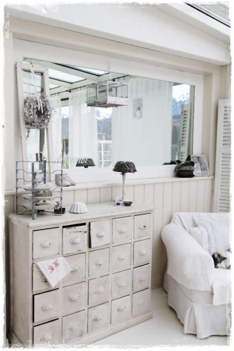 Shabby Chic Möbel Wohnzimmer by Medicine Cabinet Living Room White Grey Black Chippy
