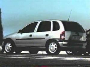 Opel Corsa 1998 : publicit opel corsa b humour 1998 youtube ~ Medecine-chirurgie-esthetiques.com Avis de Voitures