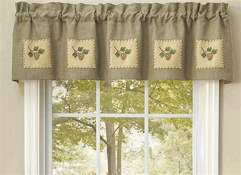 Pinecone Forest Lined Valance