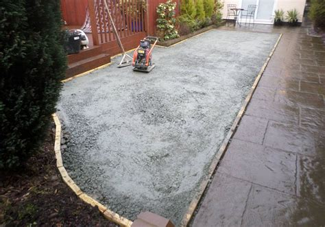 installing lawn how to install the groundworks for an artificial grass lawn