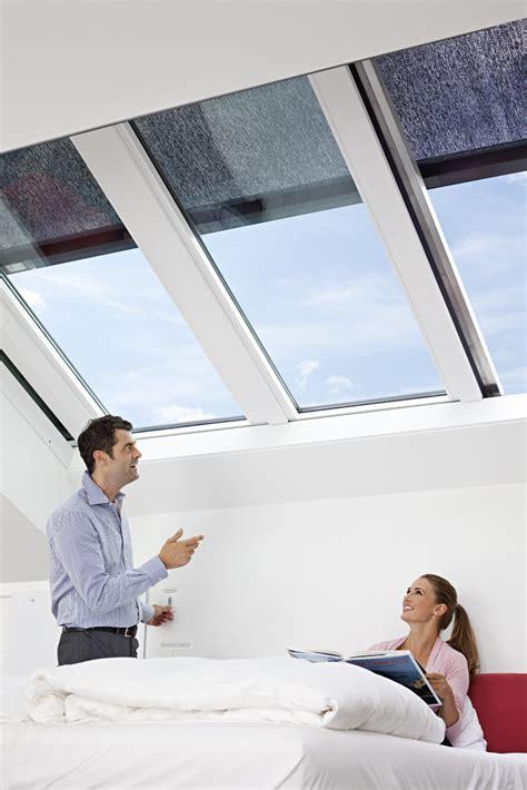 Mediendatenbank  Roto Dach Und Solartechnologie