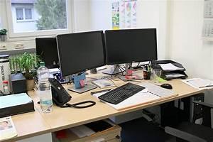Feng Shui Arbeitszimmer : feng shui am arbeitsplatz ein praxisbeispiel ~ Frokenaadalensverden.com Haus und Dekorationen