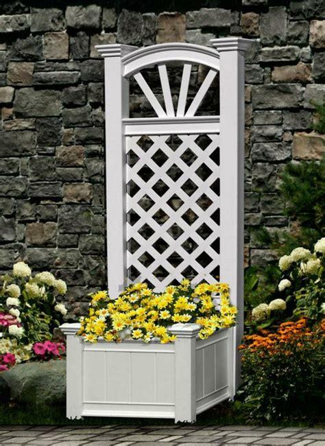 bac fleurs avec treillis car interior design
