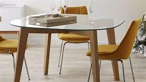 table en verre design pour un espace de vie chic et moderne With tables de salle À manger en verre pour deco cuisine