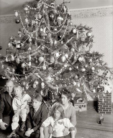 vintage christmas photographs predating
