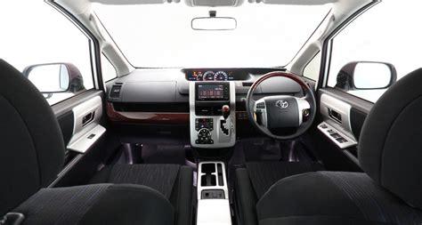 Review Toyota Nav1 by Review Spesifikasi Harga Kelebihan Dan Kekurangan Toyota