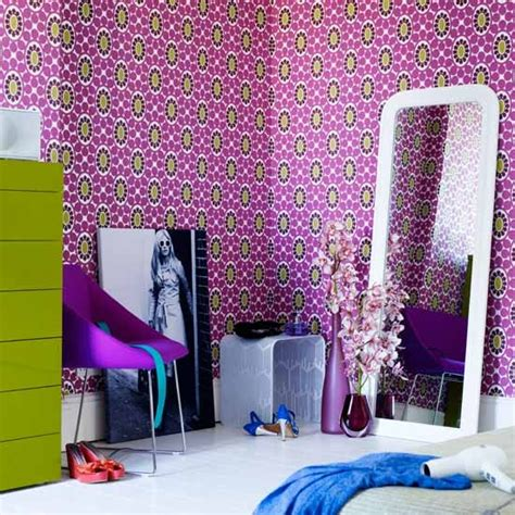 patterned wallpaper teenage girls bedroom ideas