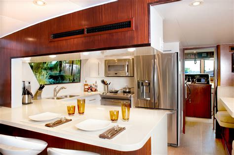 Modern White Marble Fitting Kitchen Worktops Ideas For