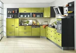 Küche Rot Streichen : k che rot gr n ~ Markanthonyermac.com Haus und Dekorationen