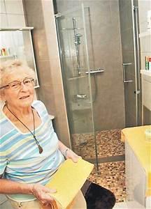 Wanne Raus Dusche Rein : altersgerechtes und barrierefreies bad endlich sicher ~ Michelbontemps.com Haus und Dekorationen