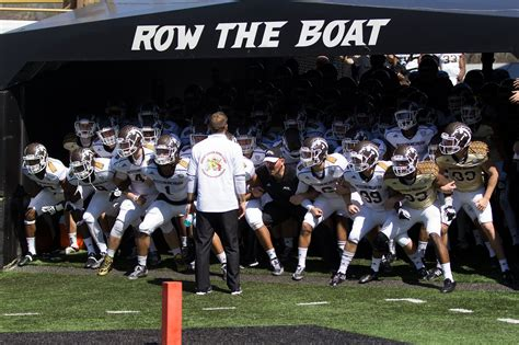 Row The Boat Central Michigan by Western Michigan S Chionship Culture 5 Takeaways No