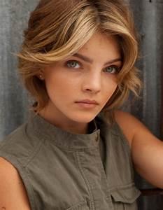 Michelle Pfeiffer Doppelganger Cast As Selina Kyle On Fox ...