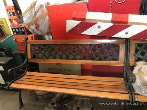 Panchina Per Esterno by Panchina Da Esterno In Legno E Ferro Rental Industry