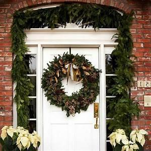 Weihnachtskranz Für Tür : weihnachtsdeko f r hauseingang breitet festliche stimmung aus 44 outdoor dekoideen ~ Sanjose-hotels-ca.com Haus und Dekorationen