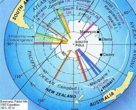 perbedaan kutub utara dan kutub selatan bumi informasi utama