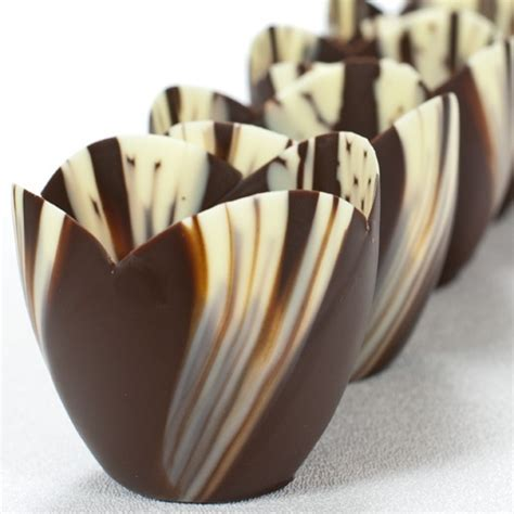 how to make chocolate bowls best 25 chocolate bowls ideas on pinterest fancy p chocolate bowls with balloons and