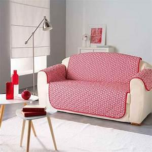 protege canape en microfibre avec imprime graphique rouge With tapis bébé avec protege coussin canape