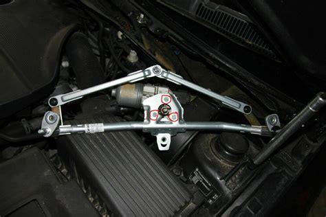 scheibenwischermotor golf 4 bild 05 anleitung f 252 r s scheibenwischergest 228 nge und