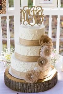 country wedding cake best 25 burlap wedding cakes ideas on burlap cake country wedding cakes and rustic