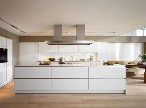 Lade Interni Design by Siematic Keukens Met Heldere Lijnen En S Uw
