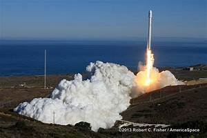 SpaceX Falcon 9 Rocket Launch - Pics about space