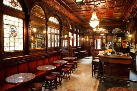 Top 10 Most Famous Pubs In All Of Ireland