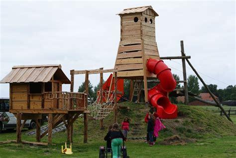 Spielgeraete Fuer Den Heimischen Garten by Spielt 252 Rme F 252 R Kindergarten