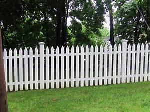 Gartenzaun Weiß Holz : sch ne ideen f r einen gartenzaun aus holz in wei ~ Michelbontemps.com Haus und Dekorationen