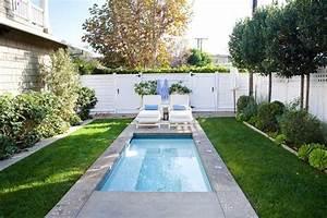 Gartengestaltung beispiele mit pool gartens max for Garten planen mit französischer balkon bausatz
