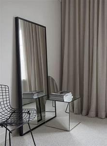 Miroirs Design Contemporain : quel miroir dans une chambre d 39 adulte contemporaine ~ Teatrodelosmanantiales.com Idées de Décoration