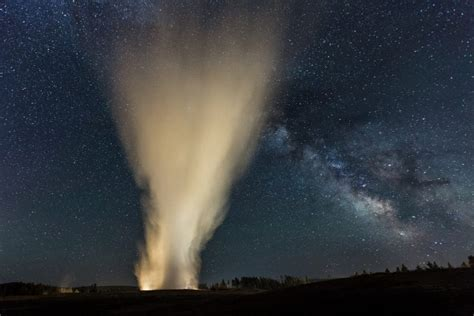 Yellowstone Night Sky Images Will Have You Seeing Stars