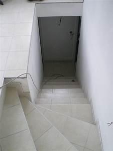 Baguette Finition Carrelage : escaliers reflet carrelage reflet carrelage ~ Dode.kayakingforconservation.com Idées de Décoration
