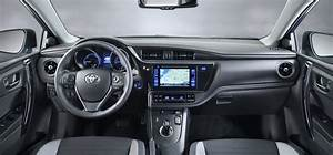 Toyota Auris Gets A Fresh Face  New Engine Lineup For