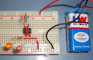 555 Timer Astable Multivibrator Circuit Diagram
