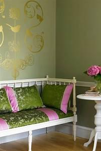 Wohnzimmer Ideen Grün : lila gr n wohnzimmer interessante ideen f r ~ Lizthompson.info Haus und Dekorationen