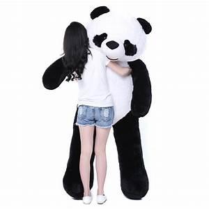 Panda Peluche Géant : achetez en gros grand panda g ant animal en peluche en ligne des grossistes grand panda g ant ~ Teatrodelosmanantiales.com Idées de Décoration