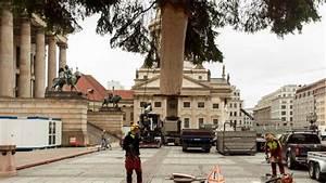 Weihnachtsbaum Entsorgen Berlin : in mitte landet unser erster weihnachtsbaum b z berlin ~ Lizthompson.info Haus und Dekorationen