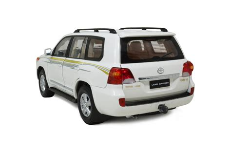 toyota land cruiser 2012 1 scale diecast car wholesale paudi