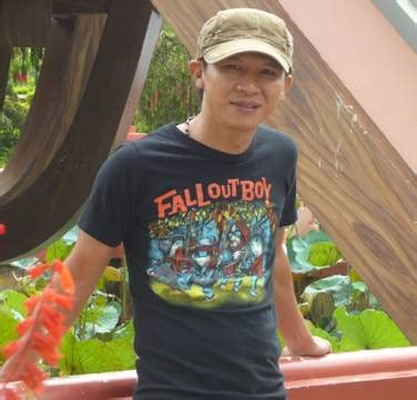 Viet Khang by A Song By Viet Khang Anh La Ai Who Are You Freedom