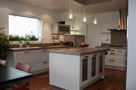 cuisine a composer pas cher cuisine pas cher avec ilot central cuisine en image