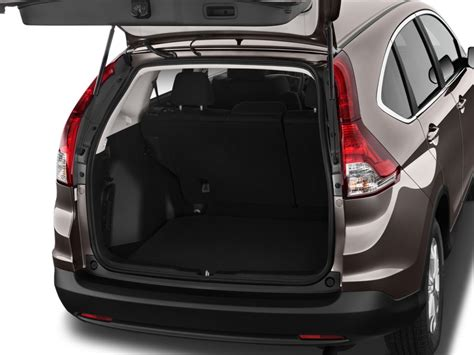 image  honda cr  wd dr  trunk size