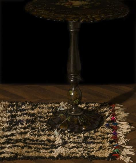 tapis marocain ancien vintage objet de decoration unique