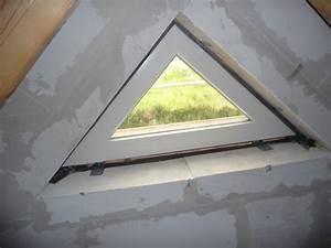 Spardose Nicht Zu öffnen : dreiecksfenster im spitzboden leider nicht zu ffnen was uns verwundert jetzt wird gebaut ~ Sanjose-hotels-ca.com Haus und Dekorationen