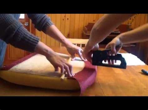 cuir pour recouvrir chaises 1 2 recouvrir une chaise trucs et astuces