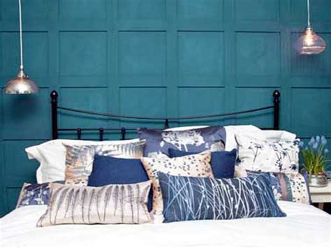 peinture bleu pour chambre peinture chambre bleu canard pour faire la tete de lit