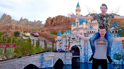 Anaheim Disneyland Disneyland Anaheim Disney California Adventure Youtube