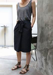Best 25+ Black skirt casual ideas that you will like on Pinterest | Long black skirt outfit ...
